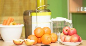 12 easy juicing recipes featured