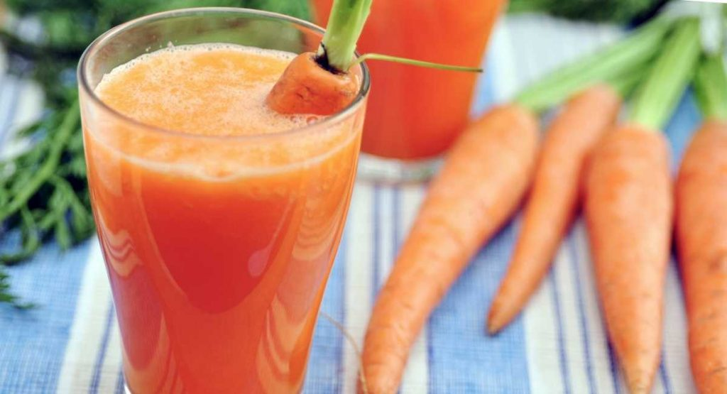 Carrot And Strawberry Smoothie recipe