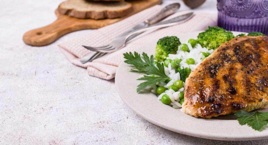 Easy Air Fryer Chicken Breasts