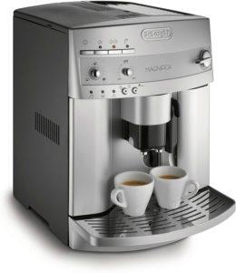 DeLonghi ESAM3300 SuperAutomatic Espresso/Coffee Machine